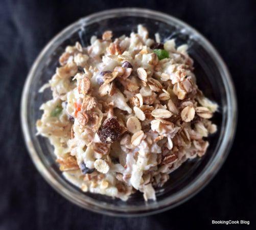 Мюсли с йогуртом и яблоком: немецкий рецепт