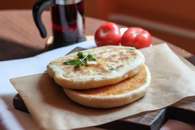 Хачапури по-имеретински: бездрожжевое тесто