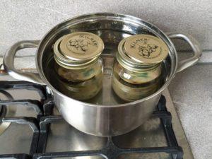omlet-v-banke-sposob-prigotovleniya