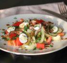 Салат с говяжьим языком и свежими овощами