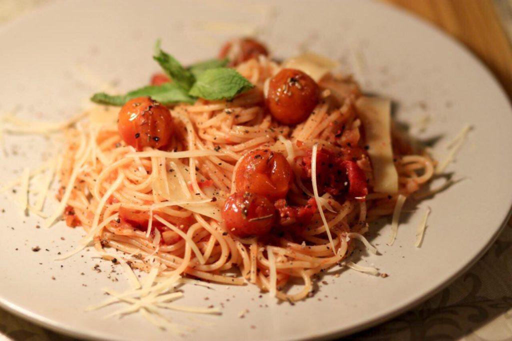 spagetti-s-tomatnym-sousom