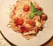 Спагетти с томатным соусом: простой рецепт