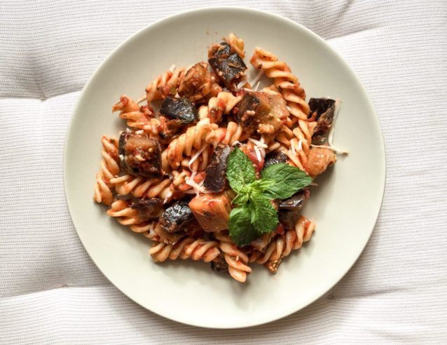 Паста Норма (Pasta alla norma ): сицилийский рецепт