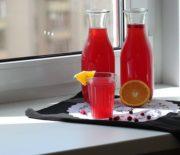 Клюквенный морс: из пятиминутки и из свежих ягод