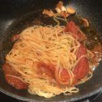 prostaya-pasta-s-tomatami-i-mocarelloj