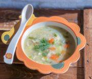 Гороховый суп с курицей: детское меню