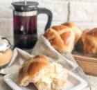 Крестовые булочки (crossbuns): пасхальная выпечка