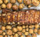Запеченные свиные ребра с молодым картофелем