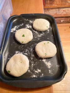 лепешки с сыром в печи