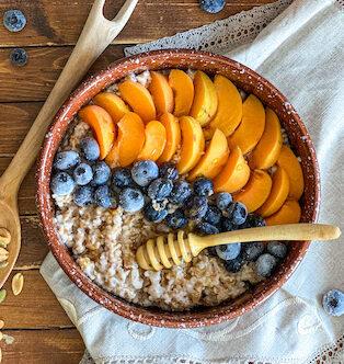 полба с фруктами